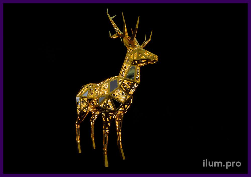 Новогодний полигональный олень из светодиодных гирлянд для украшения площади