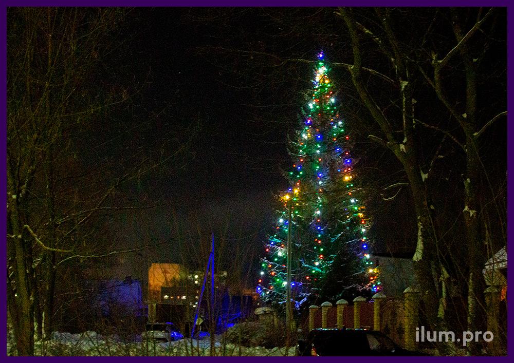 Новогодние гирлянды с разноцветными лампочками для живых елей во Владимирской области