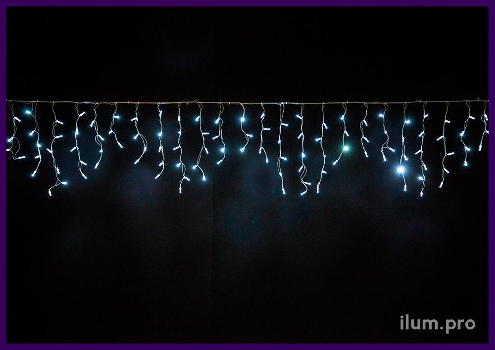 Бахрома светодиодная 3х0,6 метра с белым свечением и прозрачным проводом из ПВХ с силиконом
