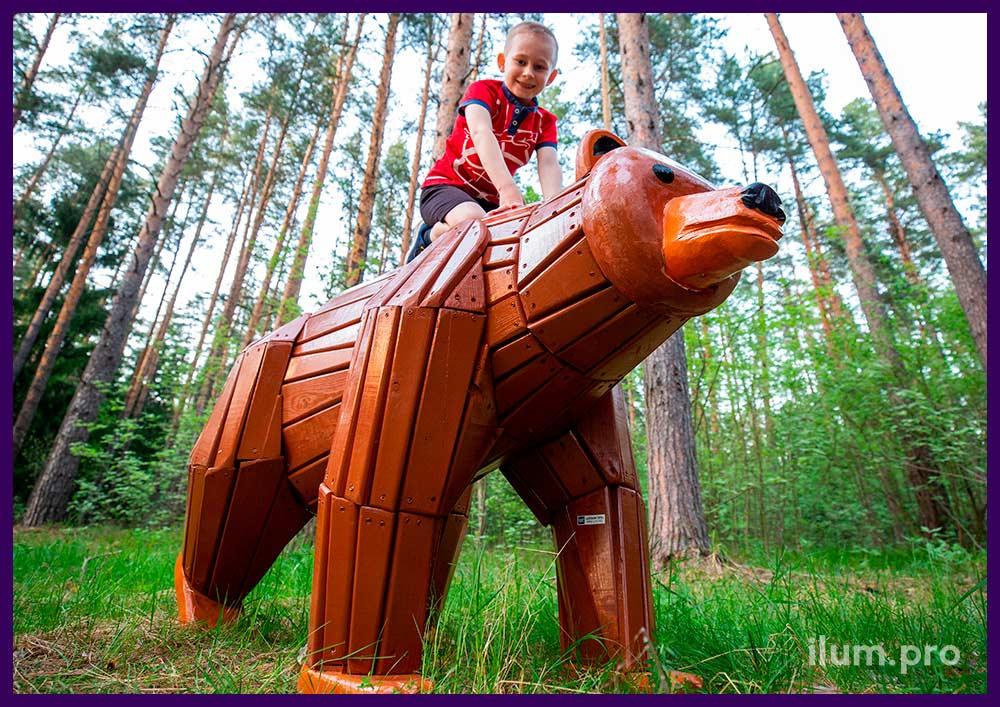 Медведь деревянный, износостойкое покрытие с защитой от выгорания разных цветов