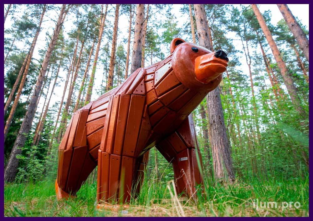 Садово-парковая фигура из дерева, медведь с износостойким покрытием и защитой от выгорания