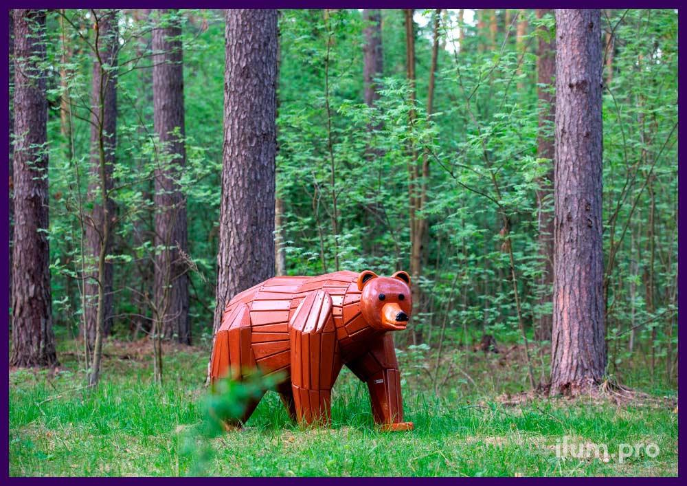 Садово-парковый арт-объект в форме медведя, деревянная фигура животного для улицы