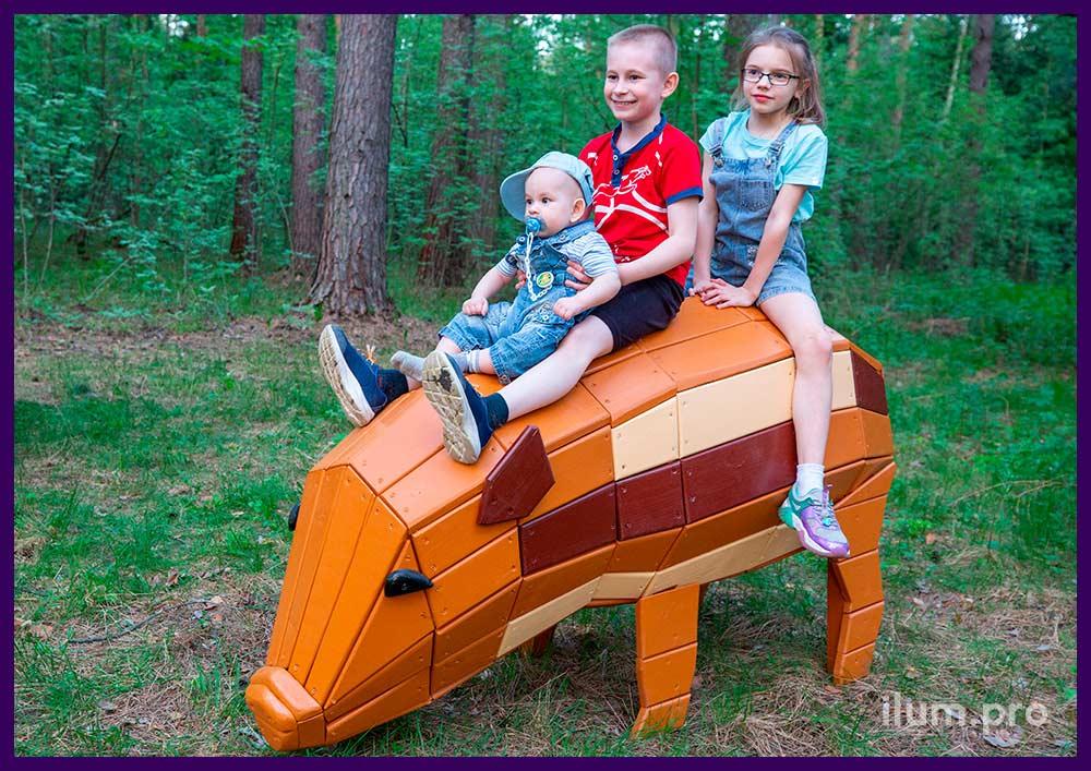 Хрюшка из дерева - фотозона для установки на детской площадке, в парке и сквере