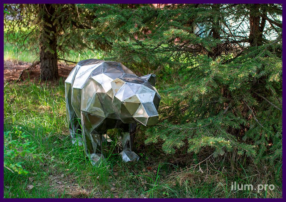 Медведь металлический полигональный, ландшафтная скульптура для благоустройства территории
