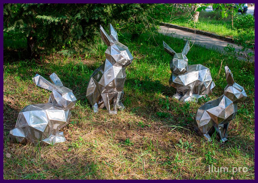 Зайцы (кролики) из металла в полигональном стиле для установки в парках и скверах