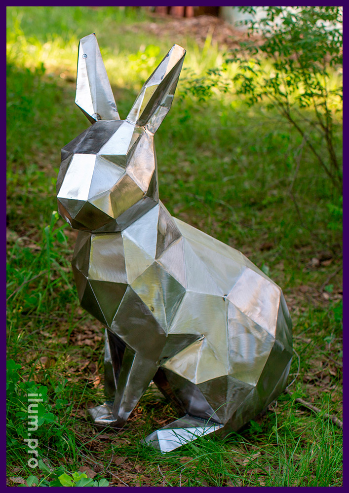 Заяц полигональный из стали - современные садово-парковые фигуры из металла