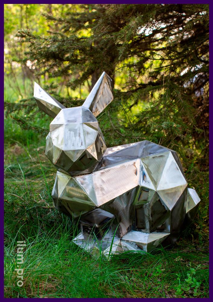 Фигура полигонального зайца из стали (под покраску), металлический арт-объект