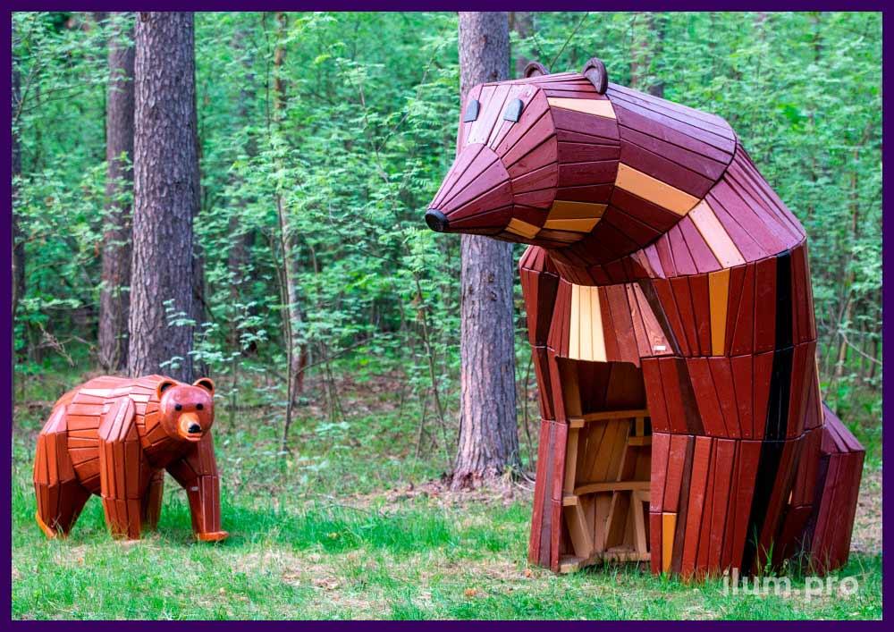 Медведи и свиньи из хвойных пород дерева с окрашиванием износостойким покрытием