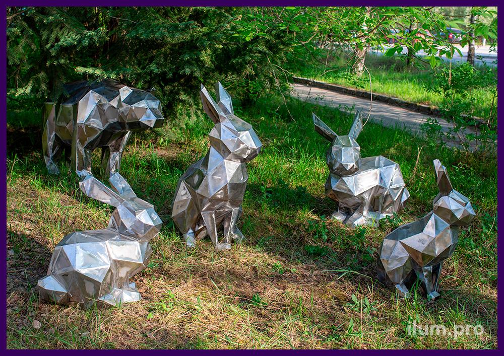 Фигуры полигональные из металла в форме медведя и зайцев, благоустройство территории парка