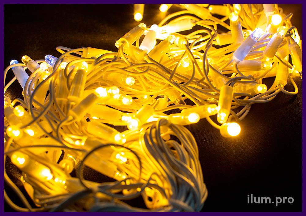Каучуковая светодиодная бахрома 3*0,6 м с белым проводом, тёпло-белое статическое свечение