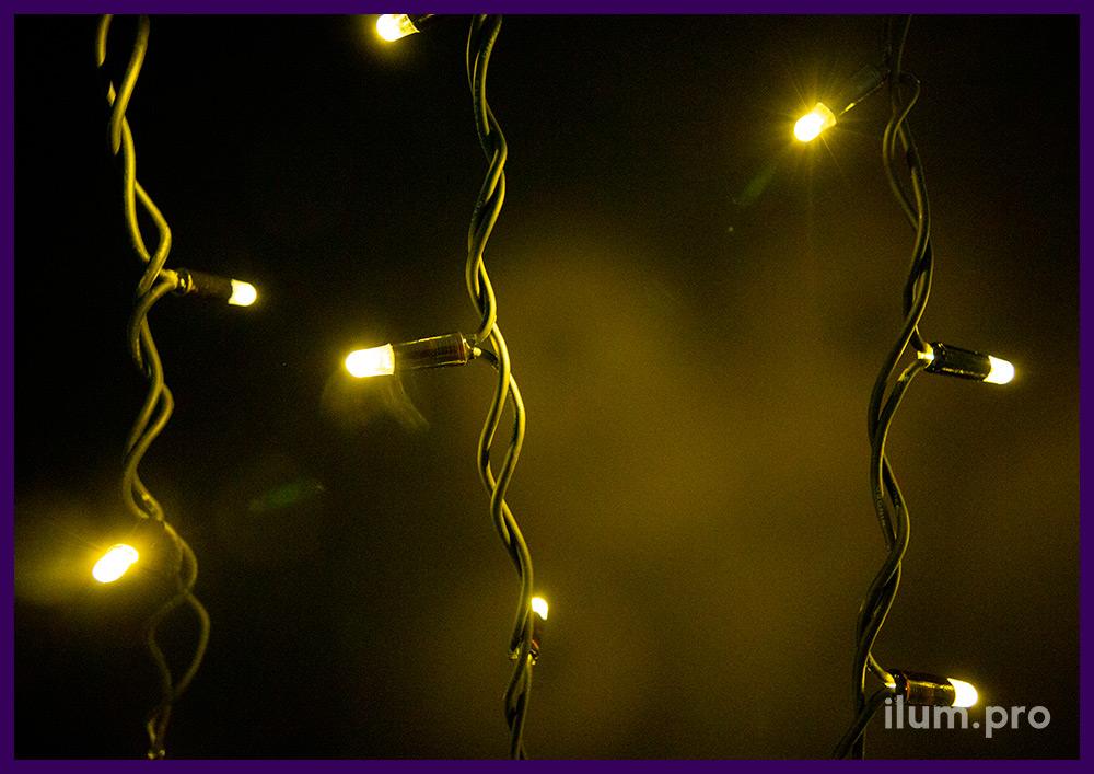 Чёрная гирлянда бахрома с морозостойким кабелем, тёпло-белое свечение, статика