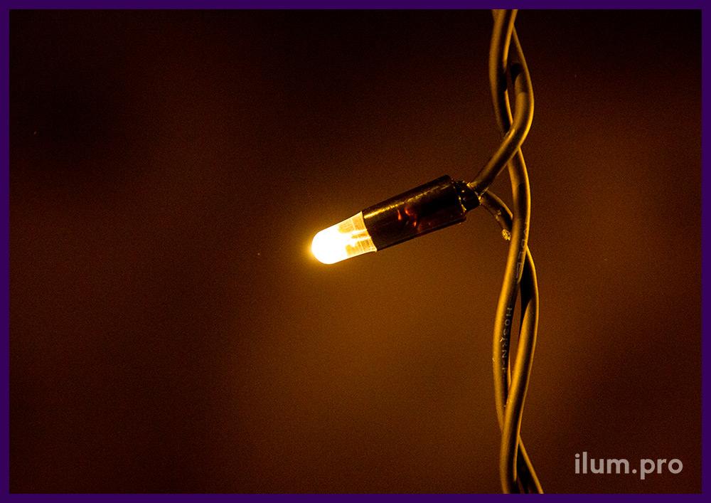 Бахрома светодиодная 3х0,6 метра, чёрный резиновый провод, тёпло-белые диоды, статика