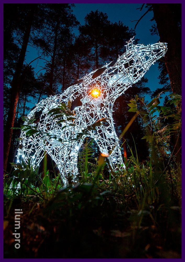 Белый медведь - световая фигура для украшения города на Новый год и другие праздники