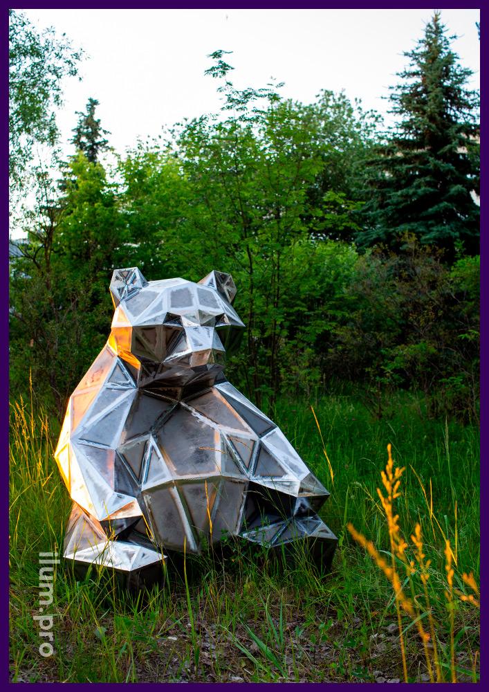 Медведь полигональный для улицы и интерьера, фигуры из стали для благоустройства территории