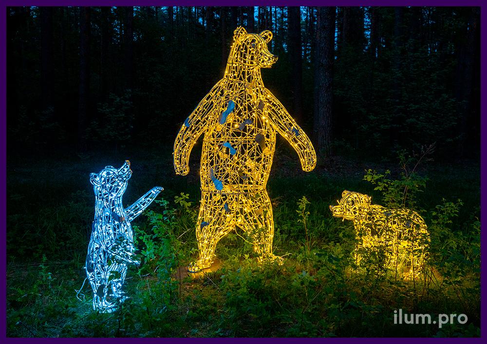 Медведи со светодиодными гирляндами, металлический каркас из алюминия