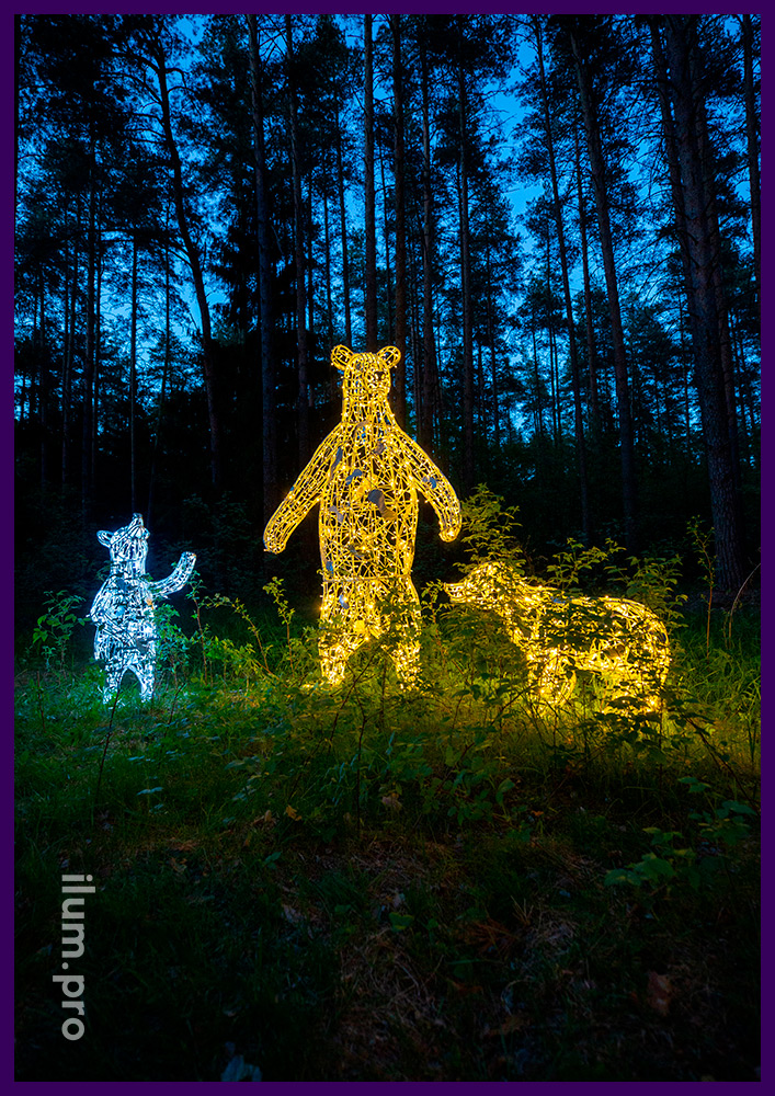 Медведи светящиеся из металлического каркаса и уличной иллюминации IP65