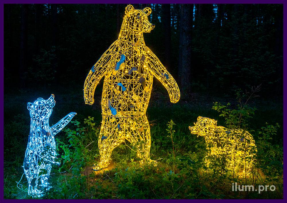 Праздничная иллюминация для парков и скверов в форме медведей разной формы