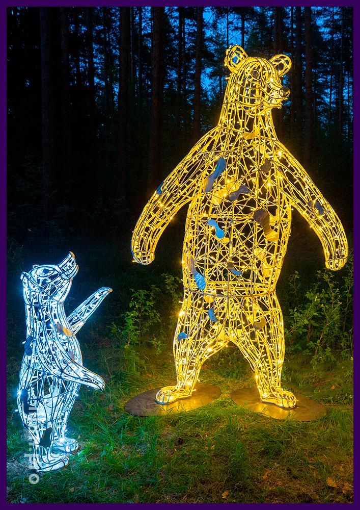 Садово-парковые украшения для парков и скверов - фигуры медведей с гирляндами