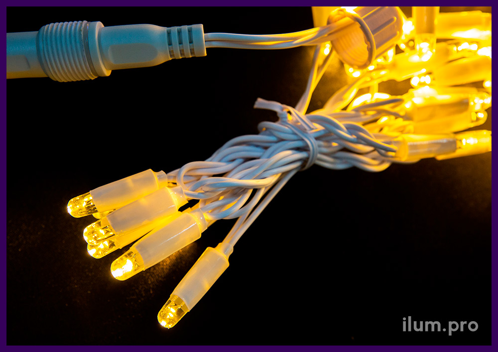Занавес светодиодный (гирлянда дождь) тёпло-белого цвета на белом кабеле из ПВХ, размер 2х1,5 м