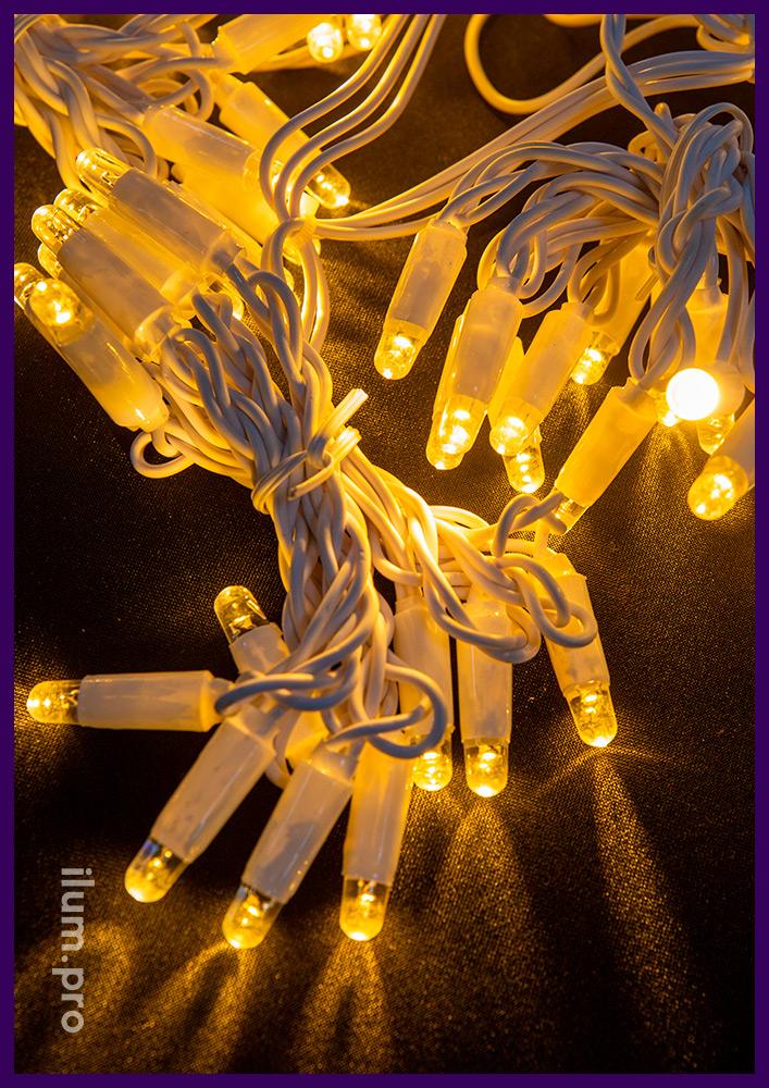 Занавес светодиодный - дождь тёпло-белого цвета с нитями высотой 1,5 м