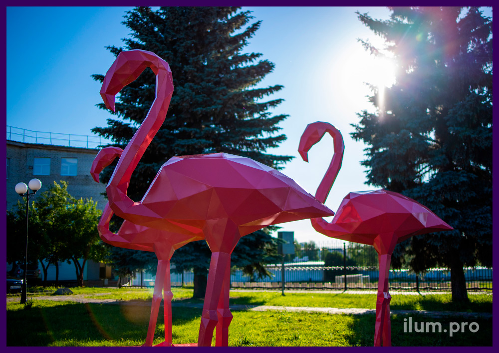 Фигуры полигональные металлические в форме фламинго, покрытие розовым полимером