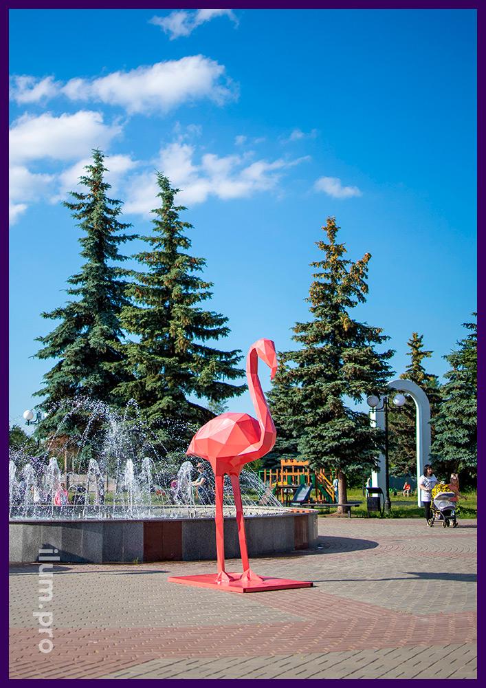 Металлические полигональные фигуры фламинго с защитой от коррозии порошковой краской розового цвета