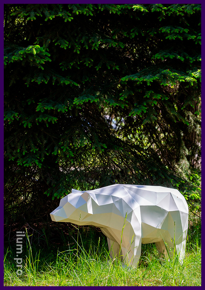 Медведь полигональный металлический, поверхность защищена от коррозии порошковой краской