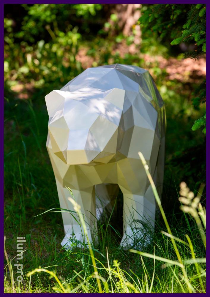 Медведи полигональные с глянцевой краской, металлические арт-объекты для благоустройства сада и парка