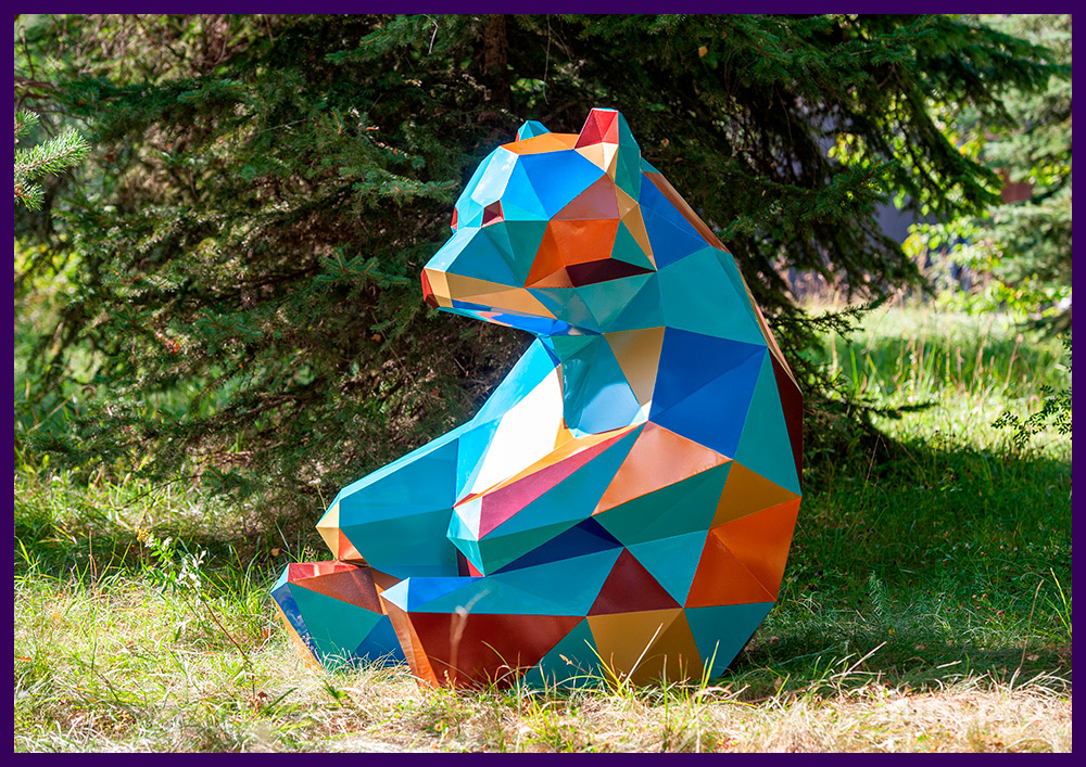 Мишка полигональный стальной - разноцветная ландшафтная скульптура для улицы