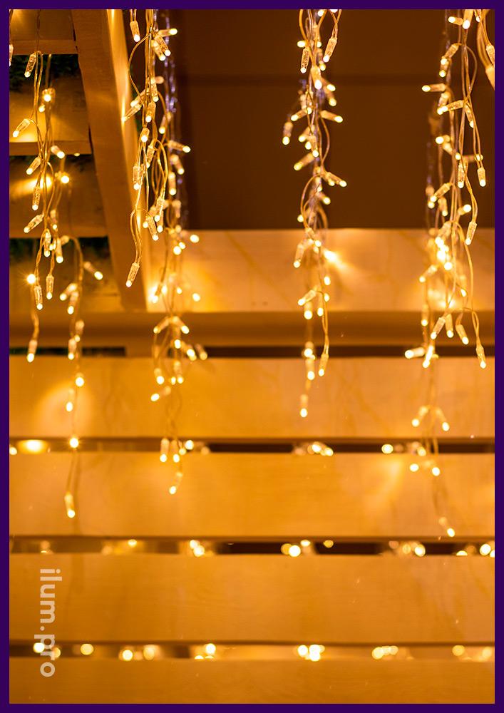 Гирлянды для ресторанов и кафе тёпло-белого цвета, бахрома статического свечения