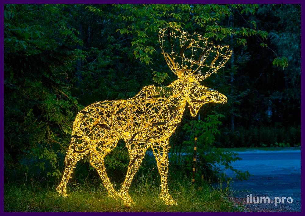 Большая светодиодная фигура лося с гирляндами, каркас из крашеного в золотой алюминия