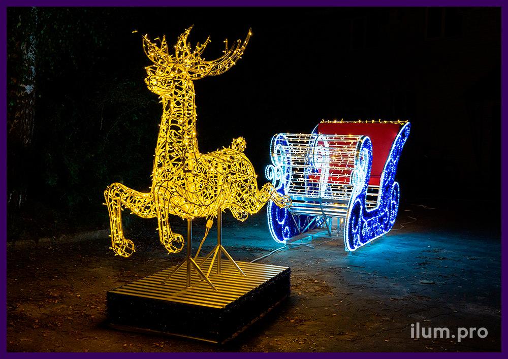 Светящиеся сани из гирлянд и олень с встроенной подсветкой