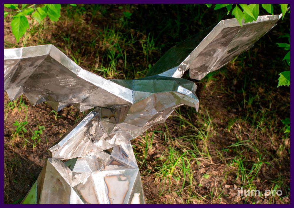 Орёл полигональный из стали - фигура металлическая для украшения интерьера и улицы