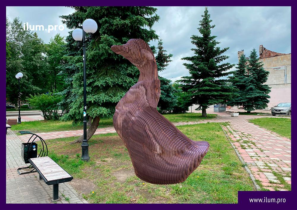Фотозона для украшения города в форме гуся из фанеры