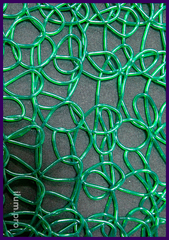 Полупрозрачная декоративная сетка из эластичного пластика для улицы и интерьера