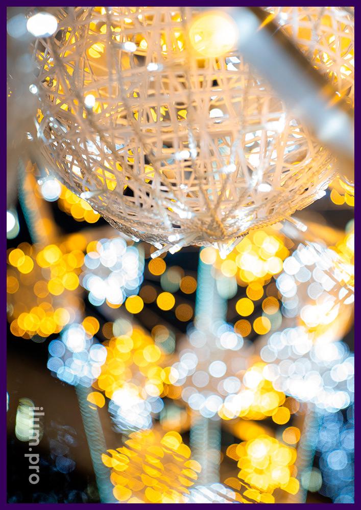Украшение города светодиодными арками с гирляндами на Новый год